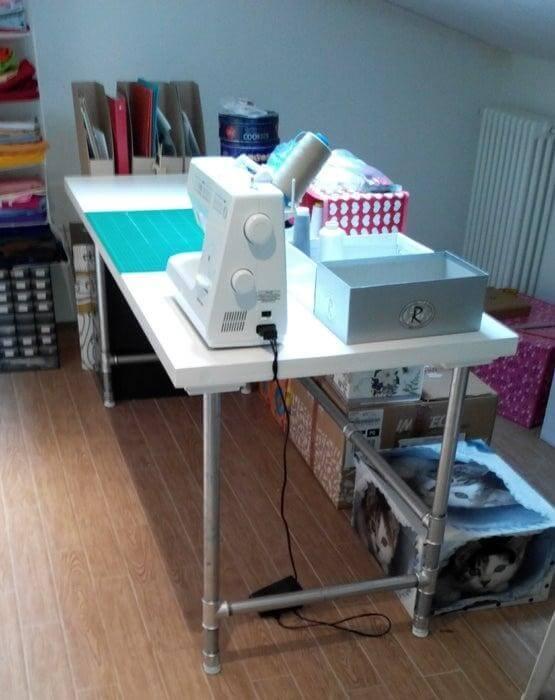 14. DIY Simple Pipe Desk