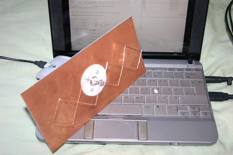 15. DIY Bi-Quad Wifi Antenna