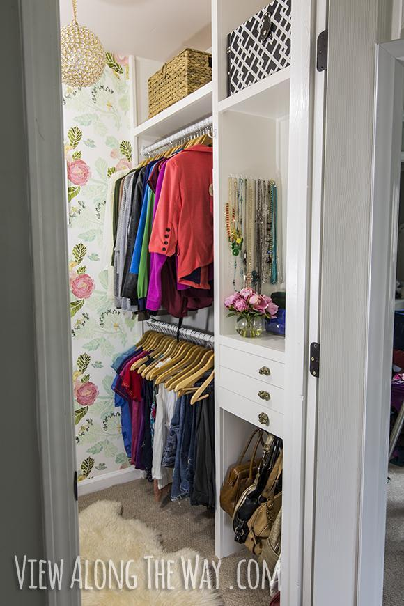 16. DIY Basic Closet Shelving