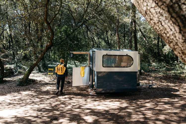 18. DIY camping shower