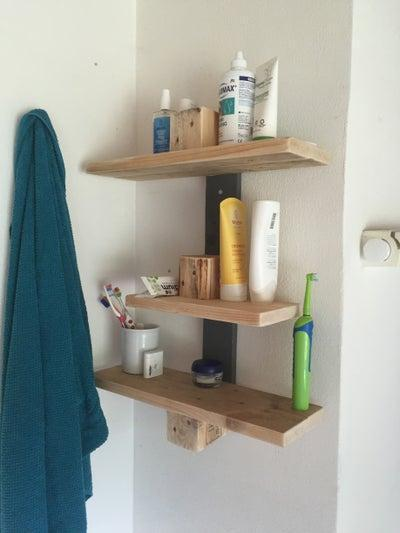 19. DIY Bathroom Shelf From Pallet Wood