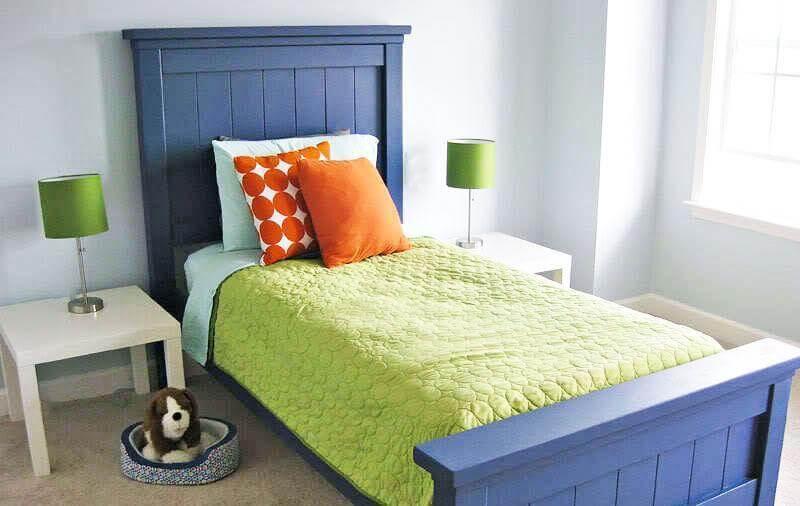2. DIY Farmhouse Bed Twin Size