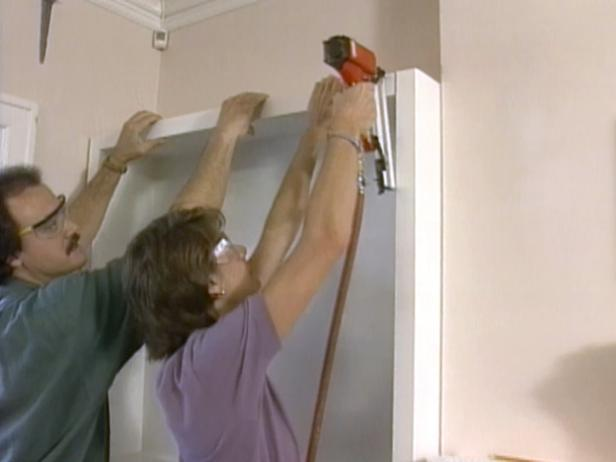 21. DIY Built In Shelves