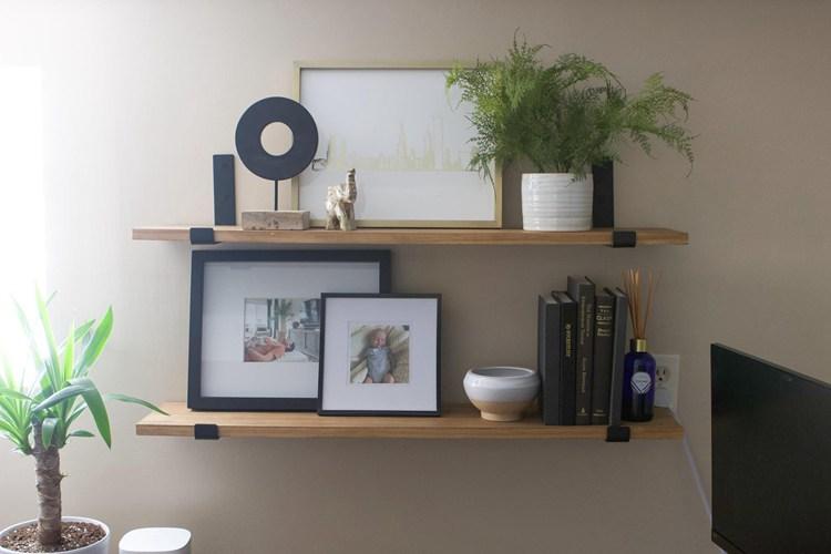 21. DIY Simple Wood Shelves