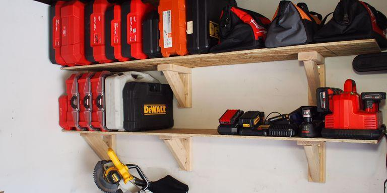 22. DIY Cheap Garage Storage Shelf