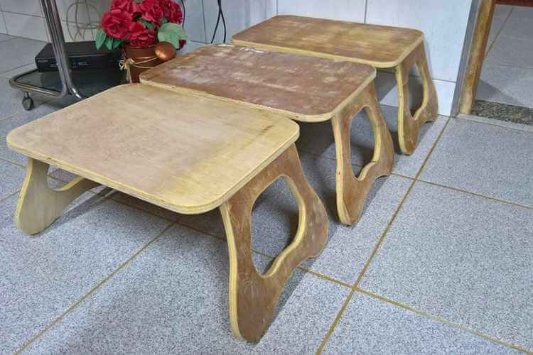 22. DIY Retractable Wooden Desk