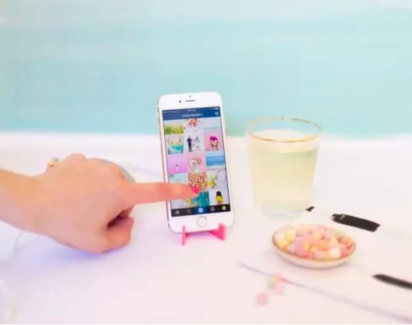 23. DIY Travel Phone Stand