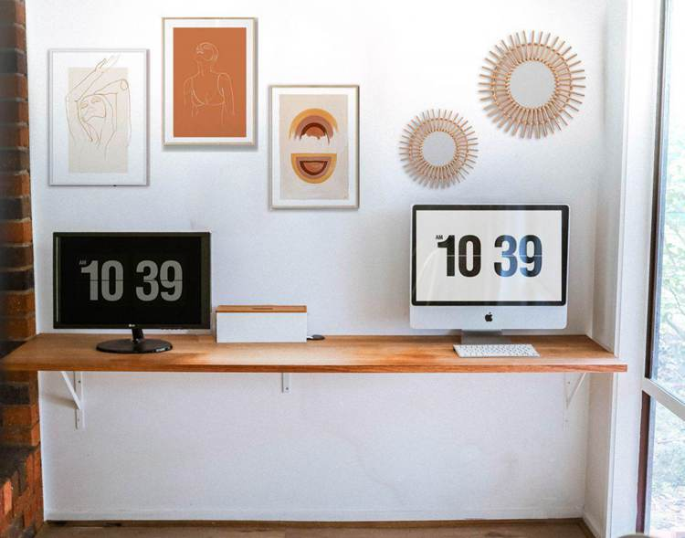 23. How To Build A DIY Floating Desk