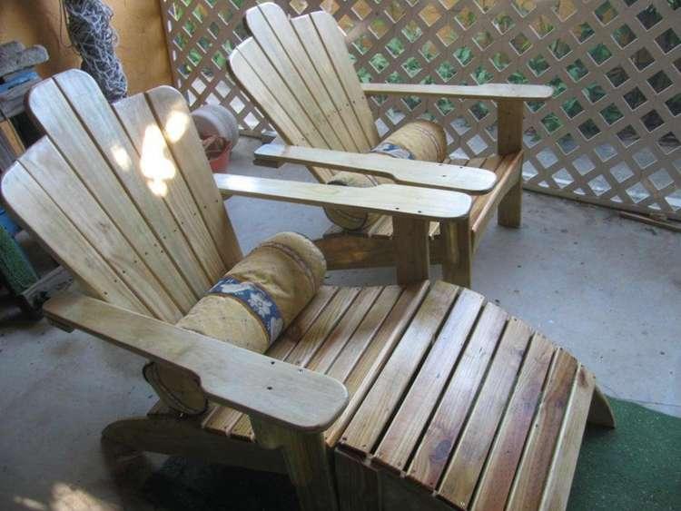 25. Adirondack Chaise Lounge DIY