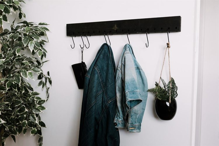 25. DIY Simple Coat Rack