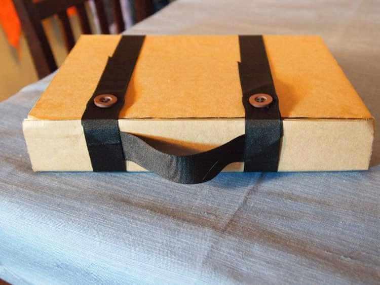 26. DIY Cardboard Tablet Case With Handle