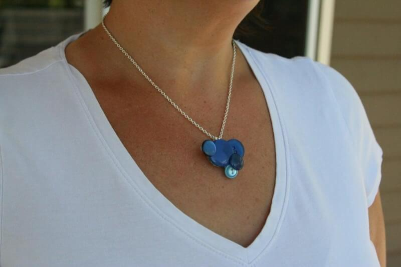 30. DIY Button Necklace