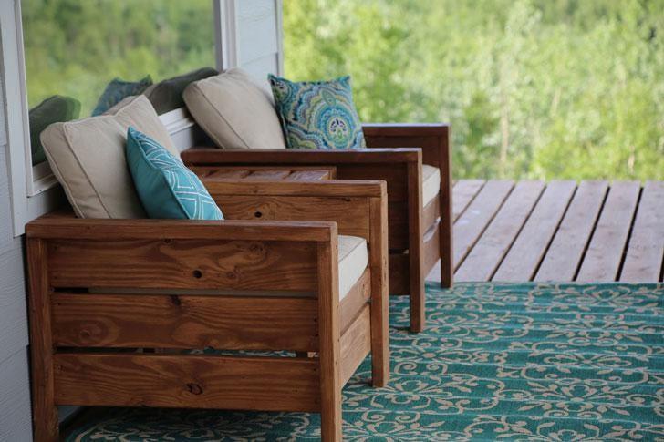 5. Modern Outdoor Chair DIY