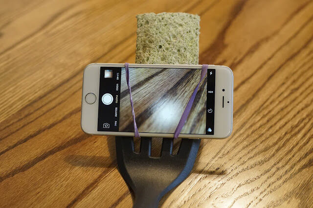 5. The Cyber Omelette DIY selfie stick