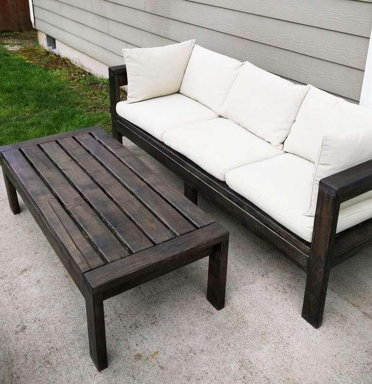 6. DIY 2x4 Outdoor Sofa