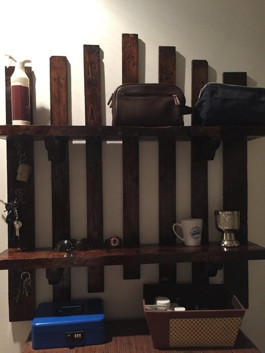 7. DIY Wooden Shelf