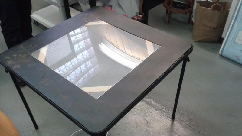 8. DIY Folding Light Table