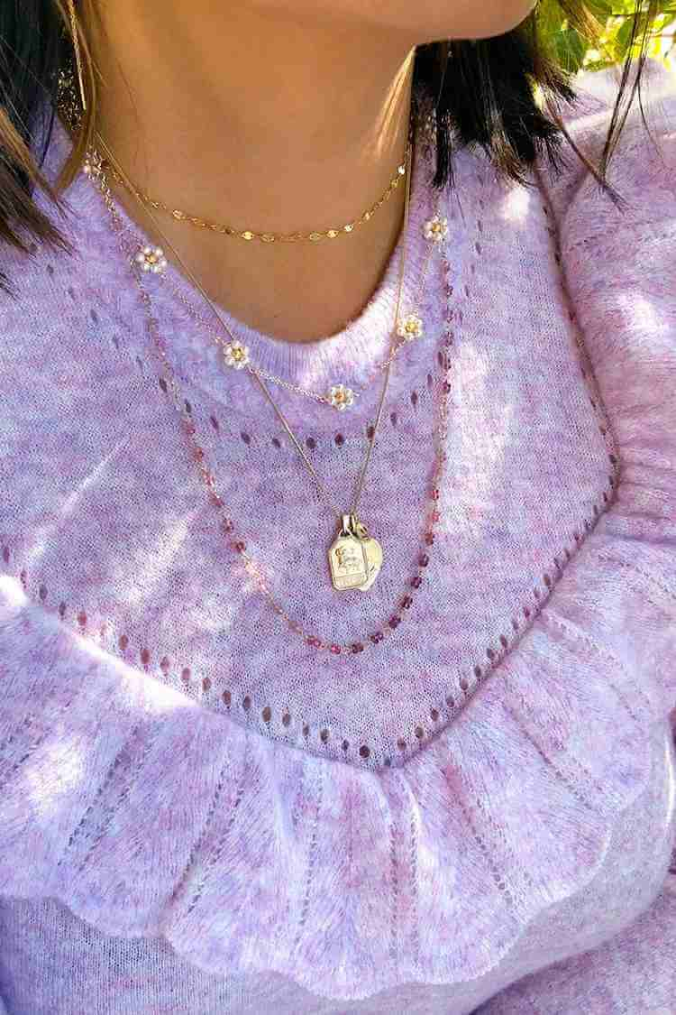 8. DIY Pearl Daisy Chain Necklace