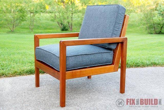 8. Modern DIY Outdoor Chair