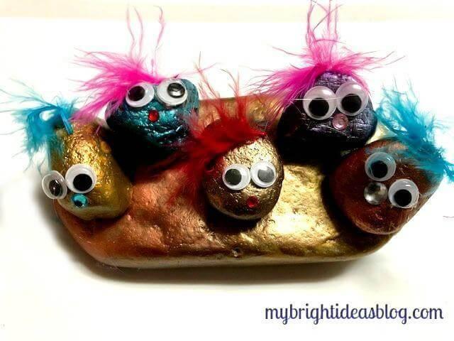 9. DIY Adorable Pet Rocks