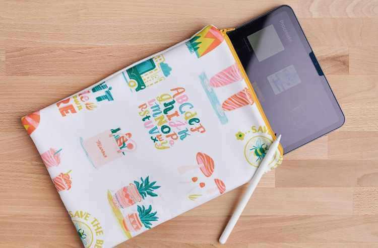 9. DIY Tablet Case