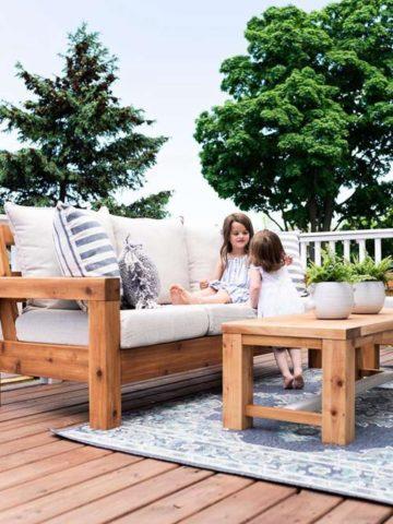 DIY Outdoor Sofa Plans