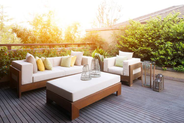 10 Delightful Warm Weather Additions to Any Patio Setup