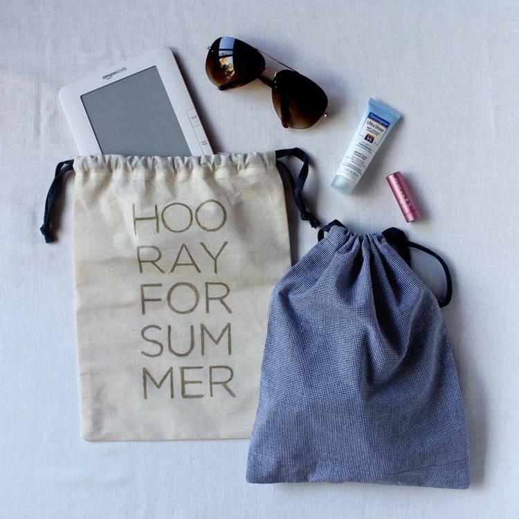 10. DIY Drawstring Travel Bag