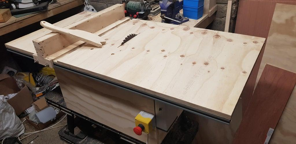 10. DIY Wooden Table Saw