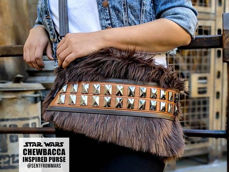 16. DIY Star Wars Chewbacca Crossbody Bag
