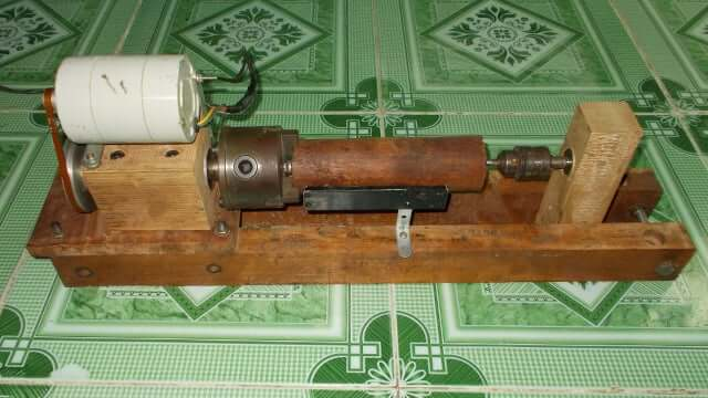 17. Homemade Wood Lathe