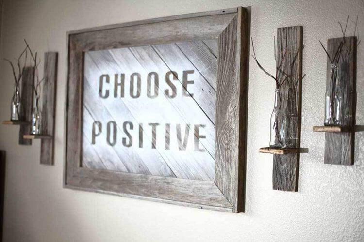 19. DIY Reclaimed Wood Frame Sign