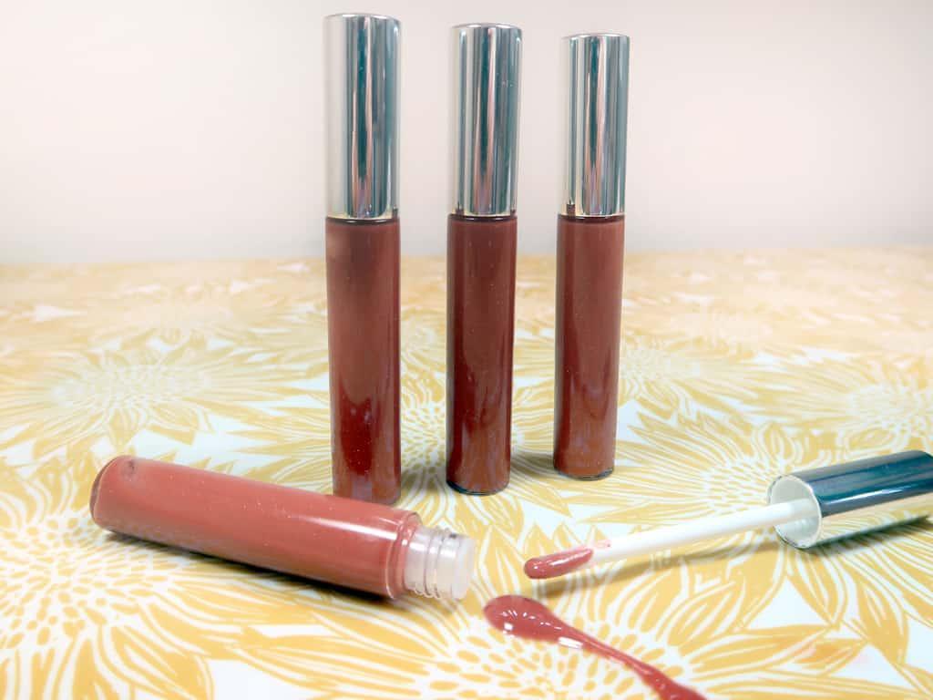 2. DIY Natural Homemade Lip Gloss