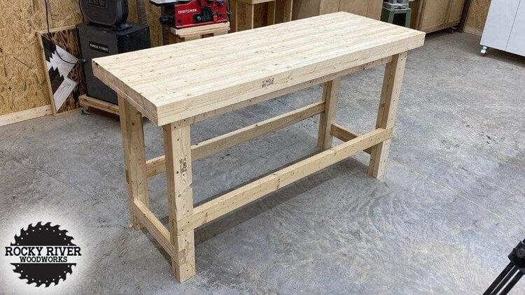 21. DIY Heavy Duty Workbench