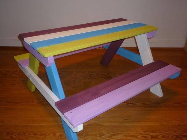 22. DIY Kids Picnic Table