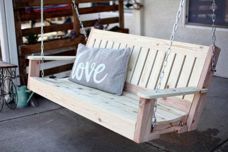 23. DIY Outdoor Porch Swing