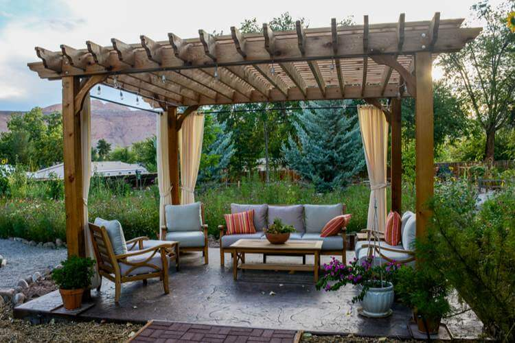 7. How To Build A Pergola With Ease