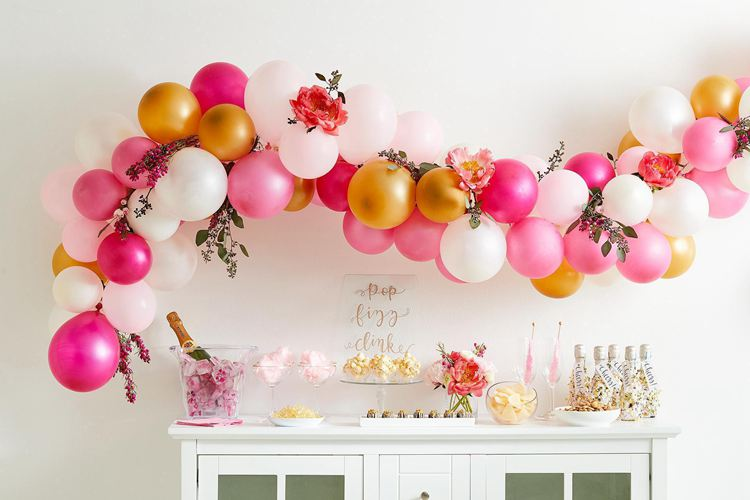 10. How To Make A Balloon Garland In One Hour