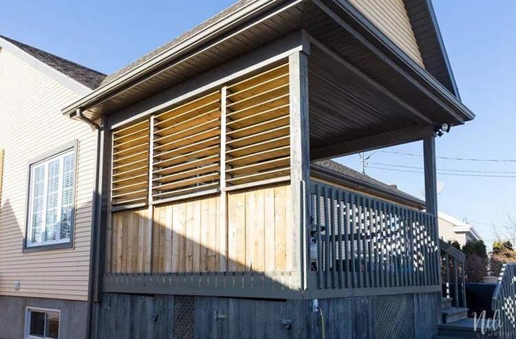 14. DIY Outdoor Privacy Screen
