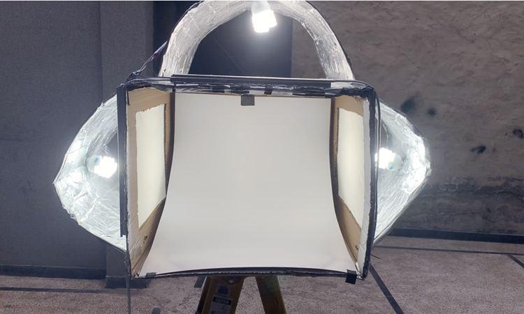 15. DIY Light Box