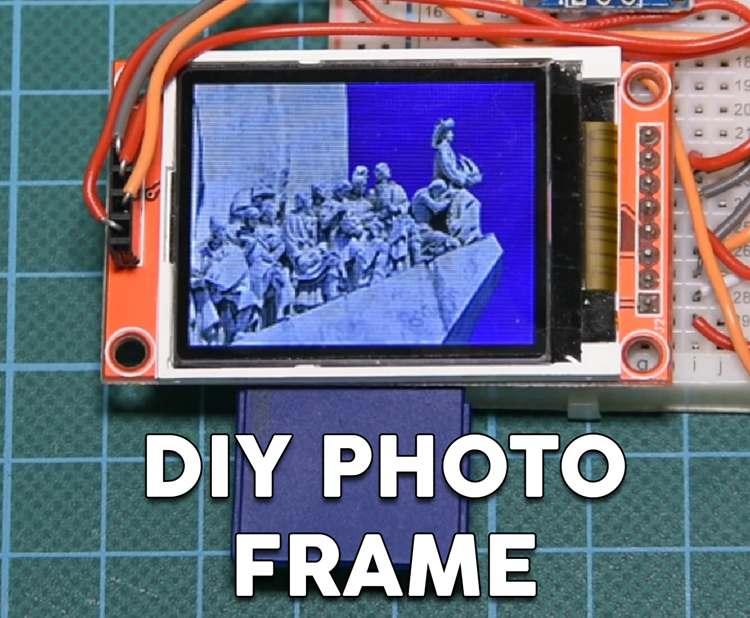 15. DIY Photo Frame With Arduino