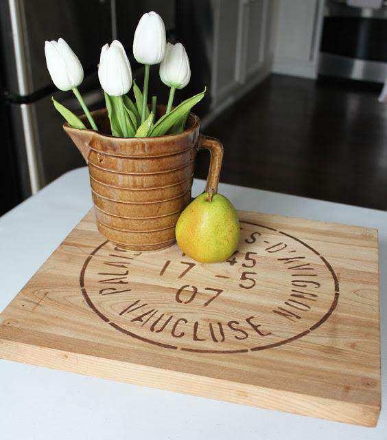 15. DIY Simple Farmhouse Lazy Susan