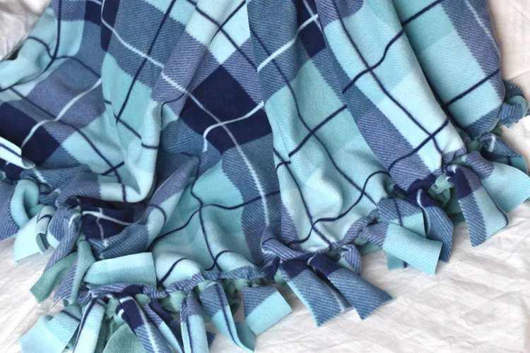 16. DIY Fleece Tie Blanket