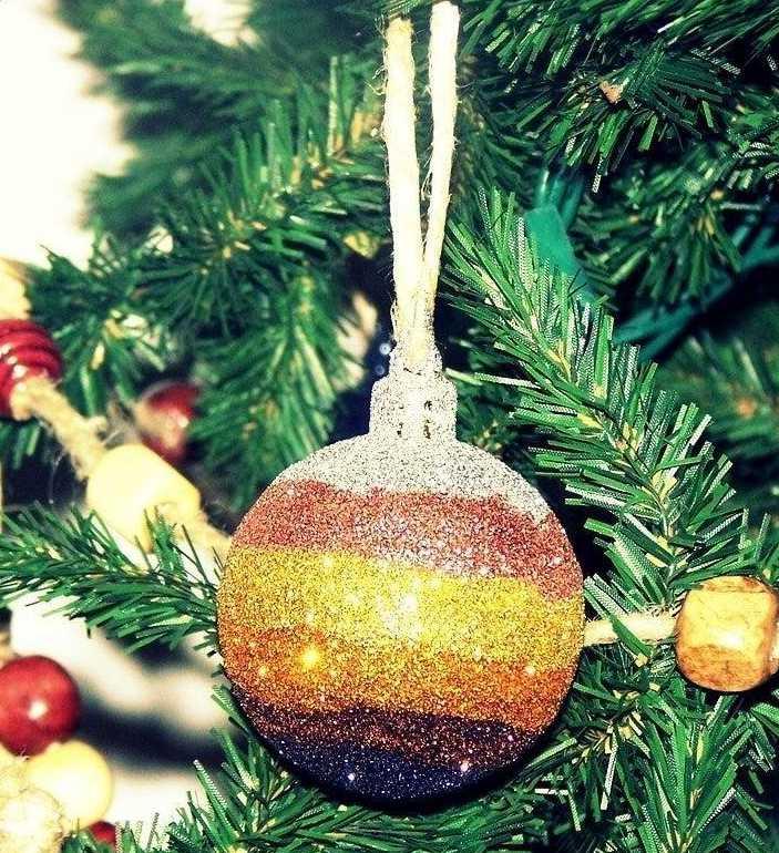 16. DIY Glitter Striped Ornaments