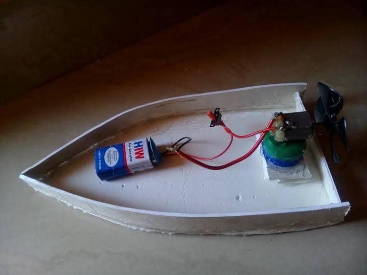 16. DIY Motor Boat Toy
