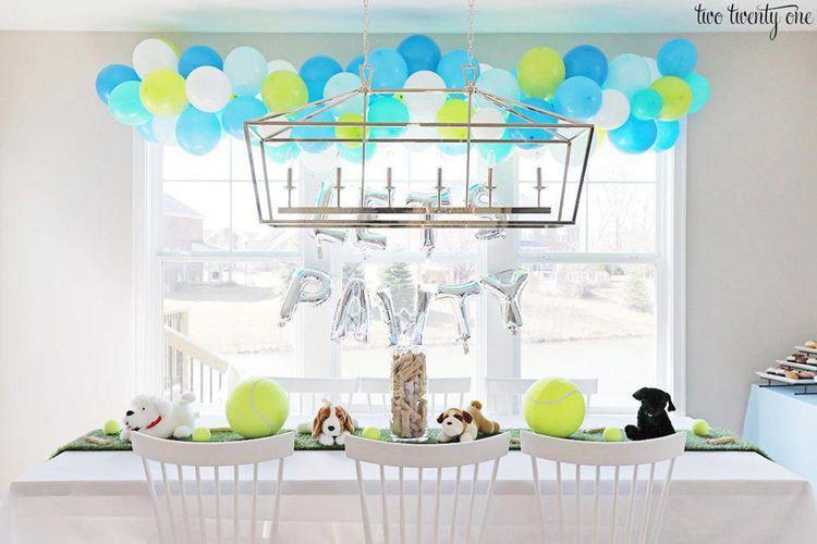 17. How To Make DIY Balloon Garland