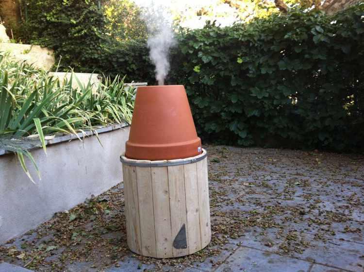 19. DIY Easy And Cheap Smoker