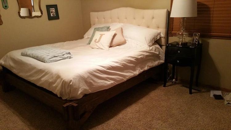 20. DIY King Size Platform Bed