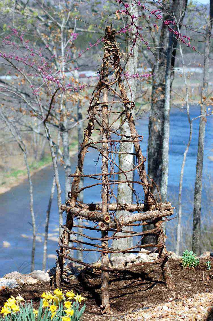 21. DIY Upcycled Garden Trellis