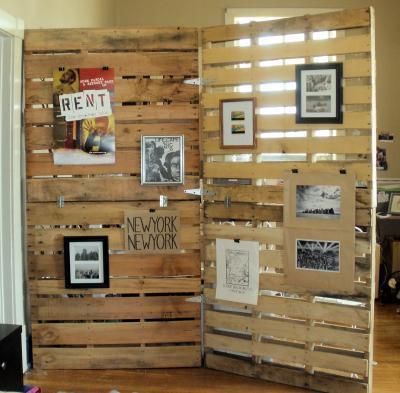 21. DIY Wood Pallet Room Divider